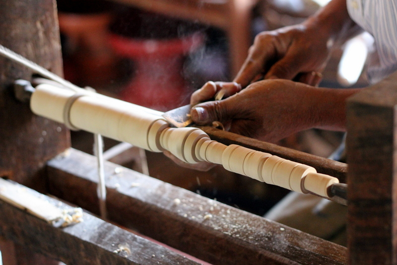 Carving the handle for an umbrella
